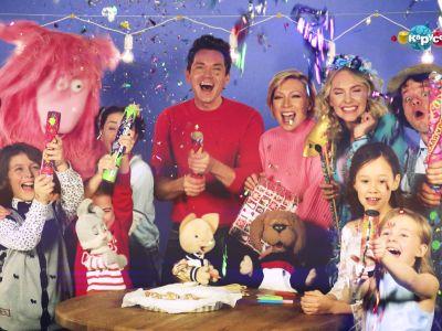 Телеканал «Карусель» поздравляет своих зрителей с Днем рождения детского телевидения в России!