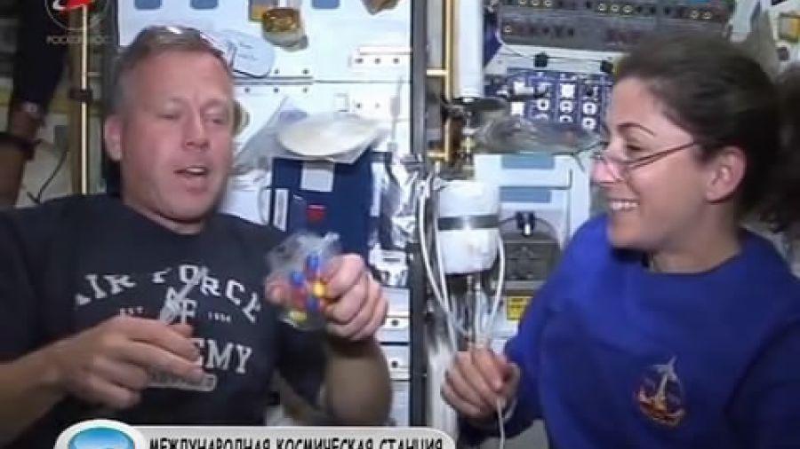 Как ужинают на орбите?
